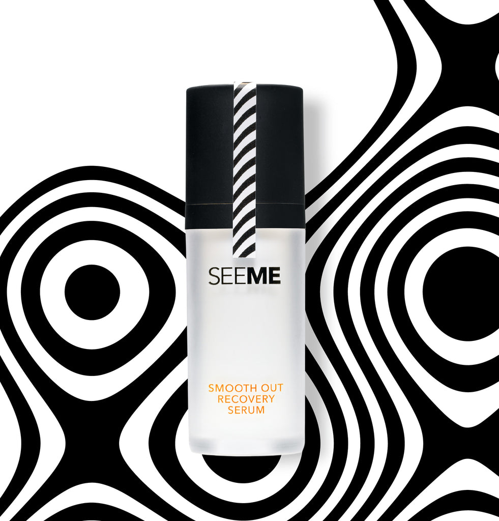 SeeMe Smooth Out Recovery Serum with SeeMe Complex and Hyaluronic Acid. Image of serum pump and black an white background. 30mL size