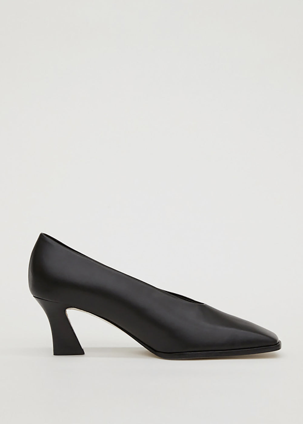 SQUARE LEATHER PUMPS BLACK