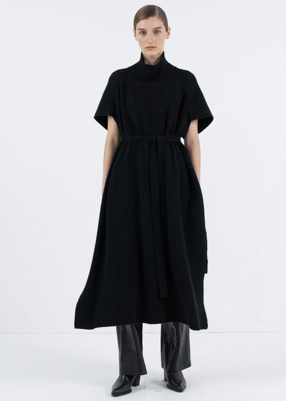 CASHMERE TURTLENECK CAPE BLACK