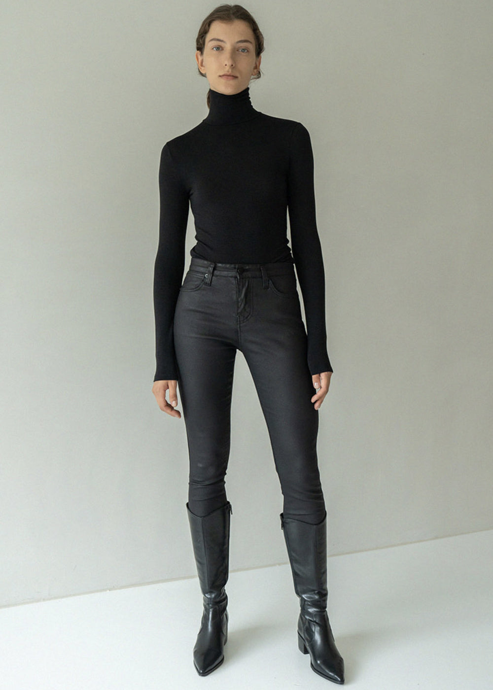 SLIM TURTLENECK T SHIRT BLACK