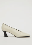 SQUARE LEATHER PUMPS CREAM