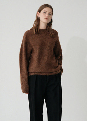 LE MOHAIR ROUND KNIT MOCA