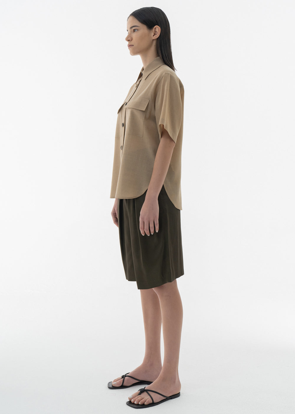 SATIN PLEATS HALF PANTS OLIVE KHAKI