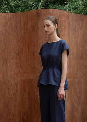 BOATNECK STRAP TOP NAVY