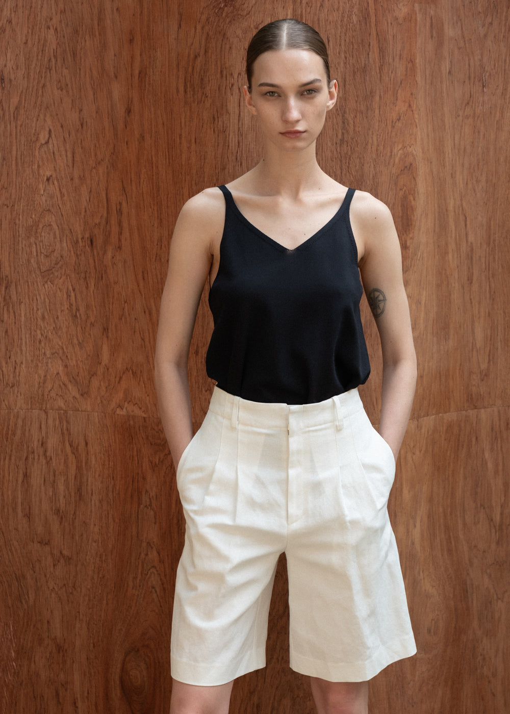 TWO PLEATS HALF PANTS WHITE