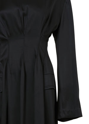 WAIST POINT DRESS BLACK