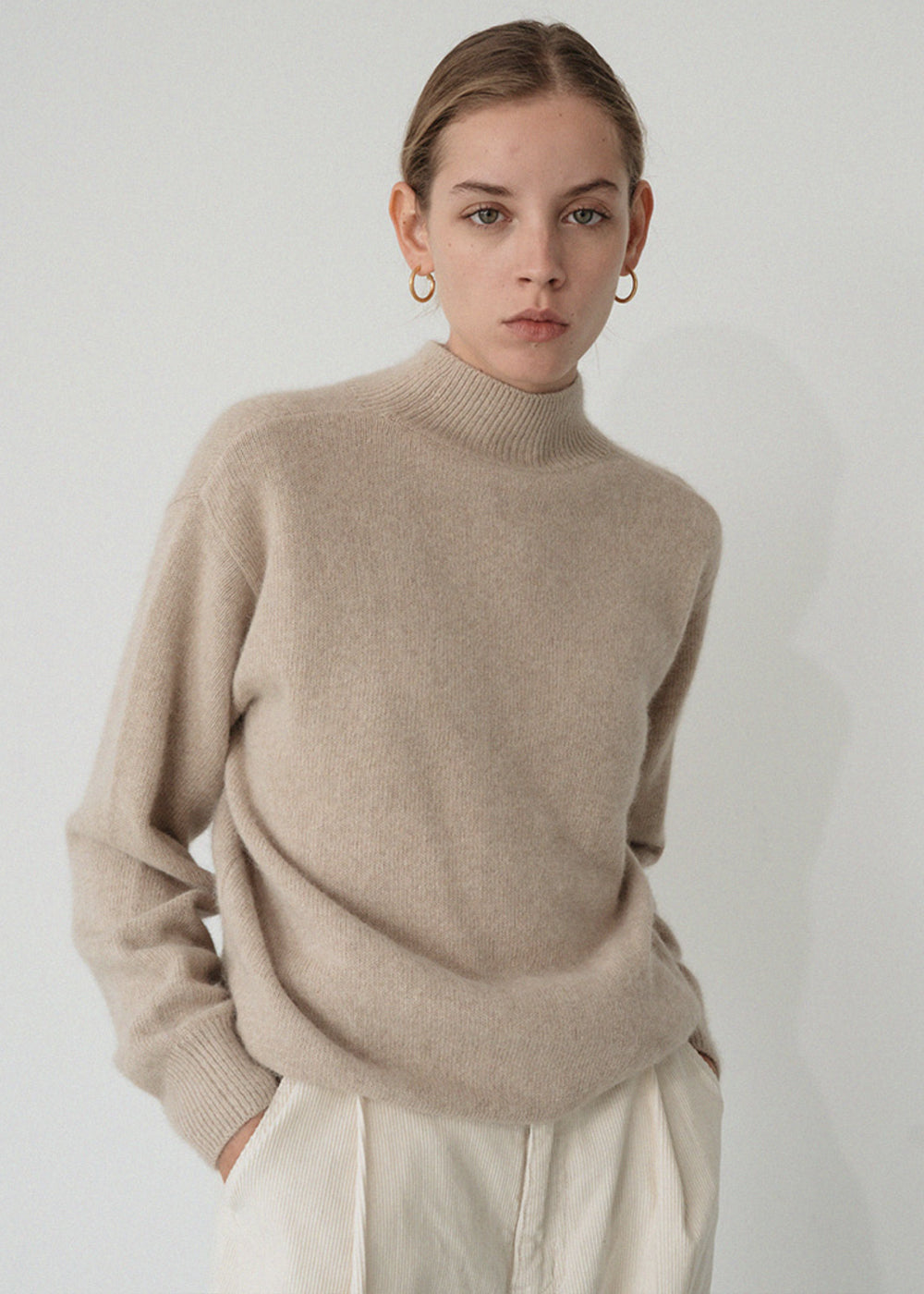 LE RACCOON TURTLENECK KNIT BEIGE
