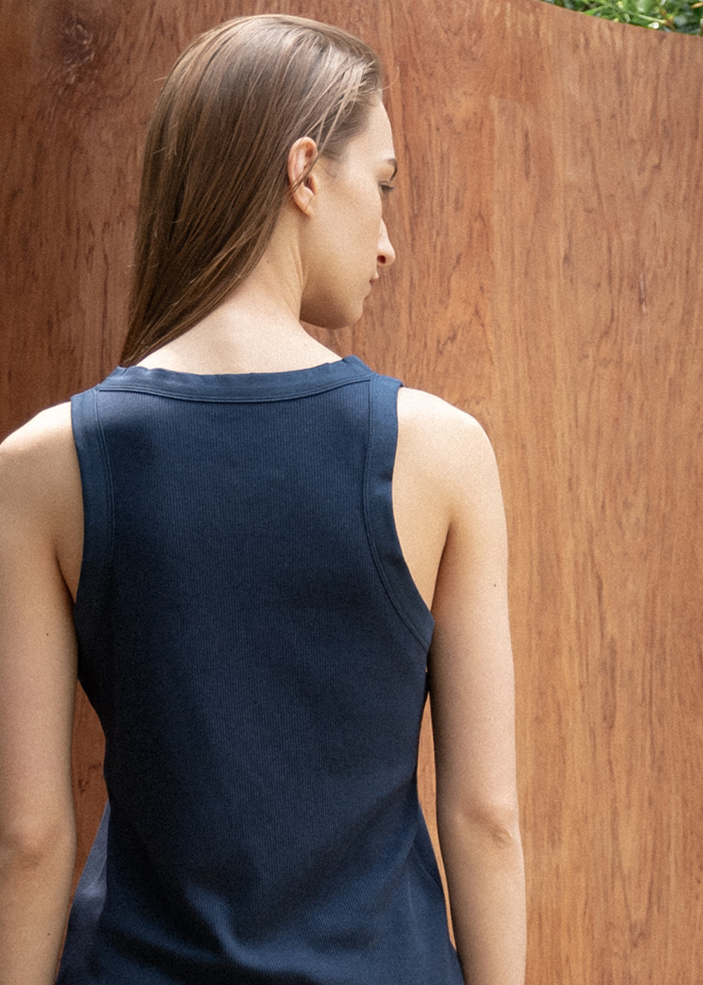 HALTER SLEEVELESS TOP NAVY
