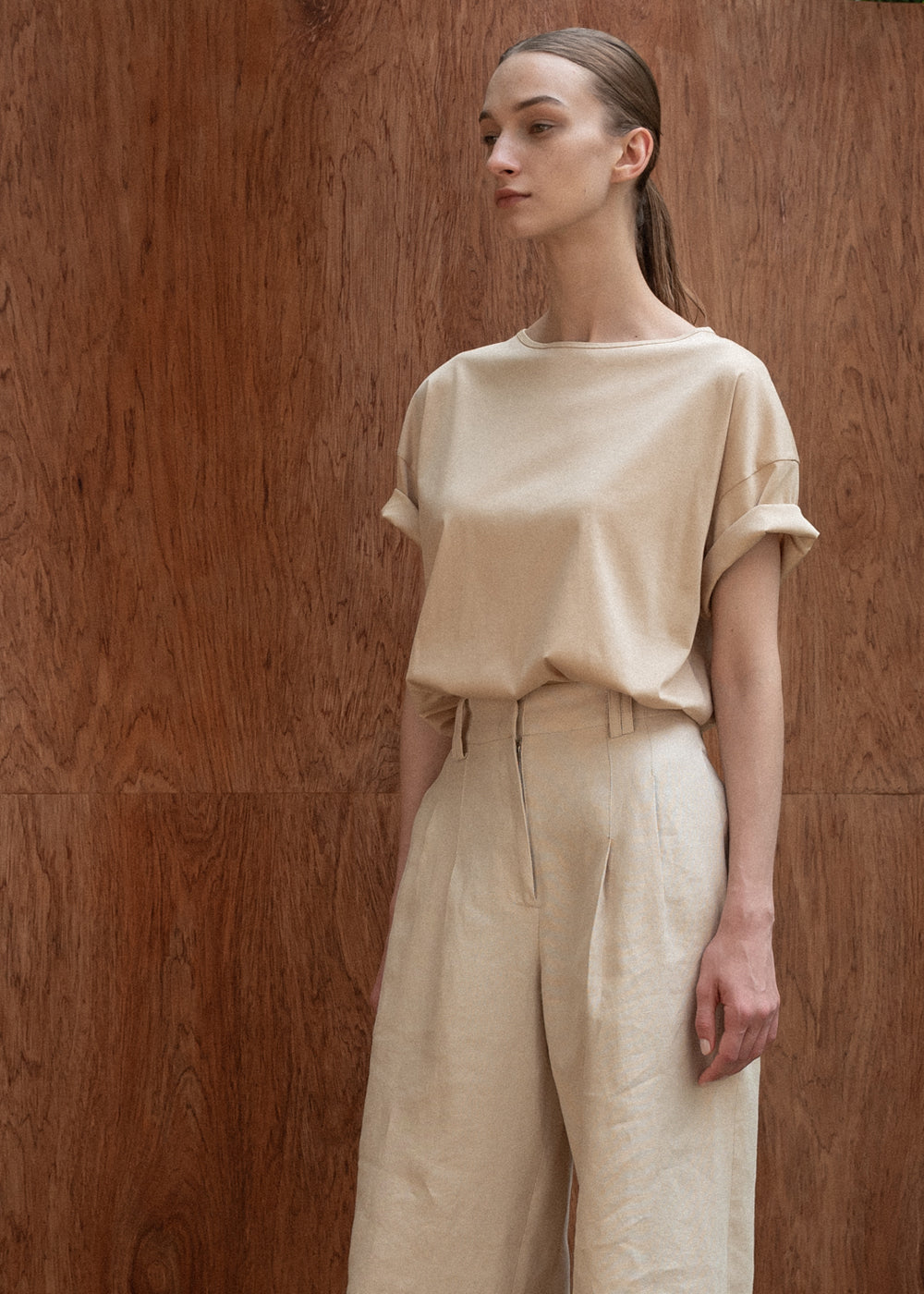 TWO PLEATS WIDE PANTS BEIGE