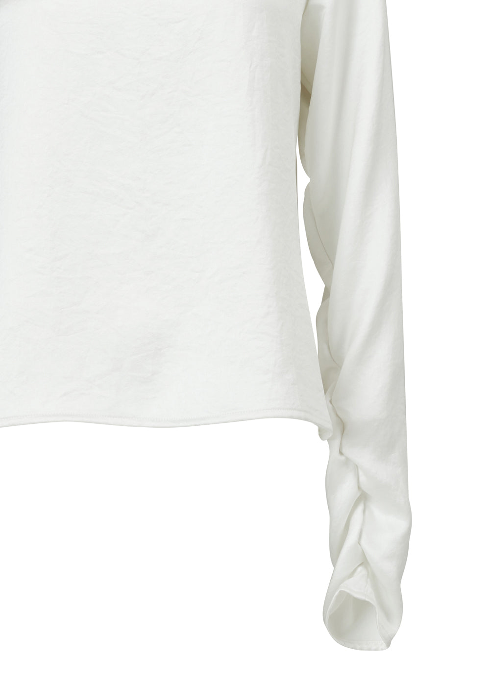 STRING SHIRRING TURTLENECK TOP WHITE