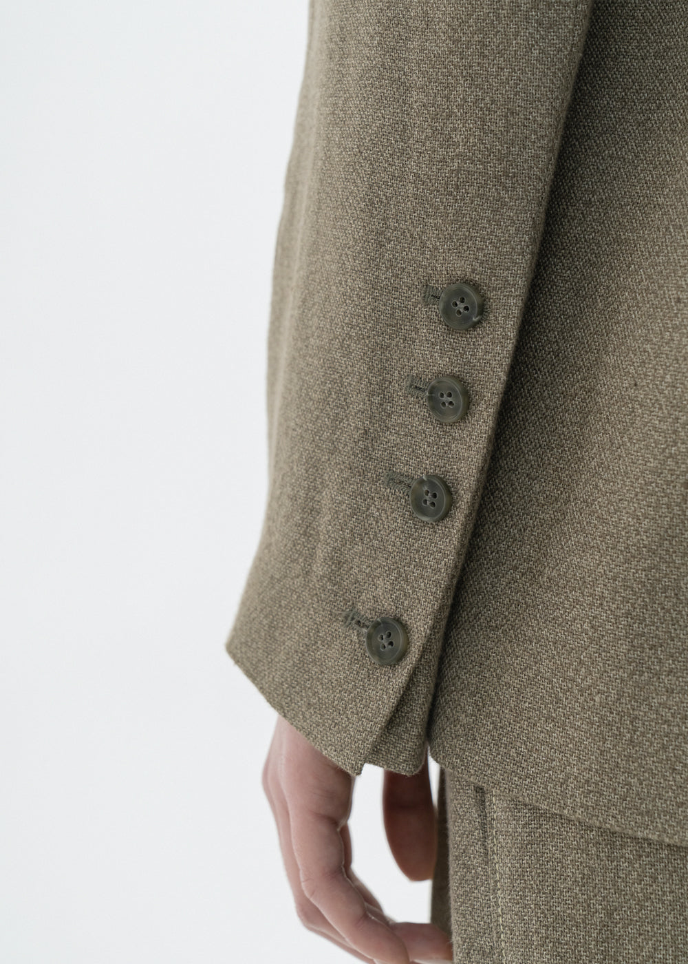 LINEN BACK SLIT JACKET KHAKI