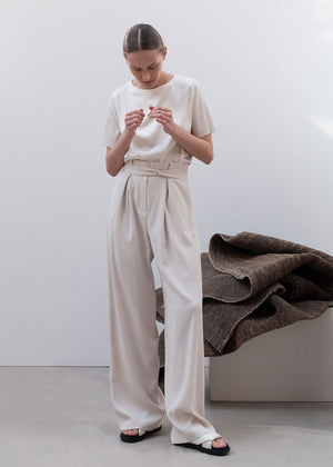 PLEATS BELTED PANTS BEIGE