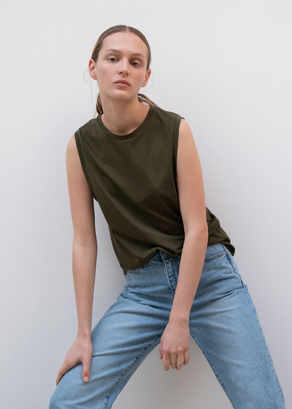 Basic Sleeveless T-shirt Khaki