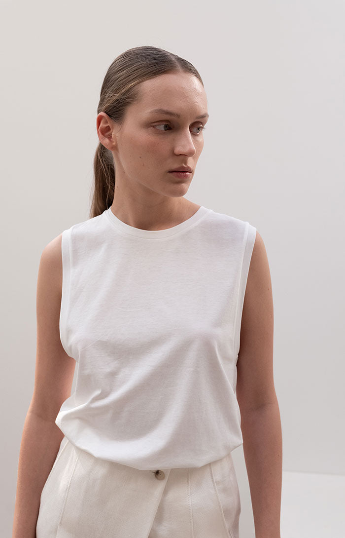 Basic Sleeveless T-shirt Ivory