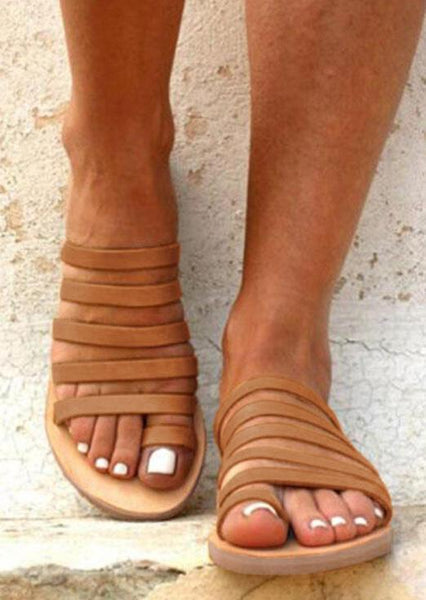Strappy Round Toe Flat Sandals