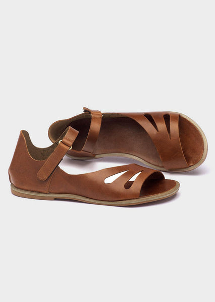 Solid Buckle Strap Hollow Out Flat Sandals - Brown