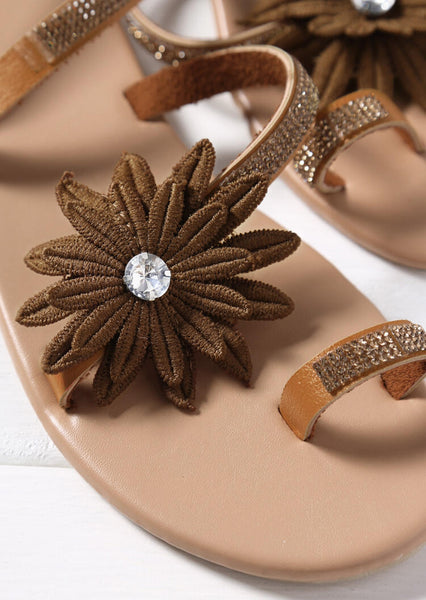 Summer Flower Flat Sandals - Brown