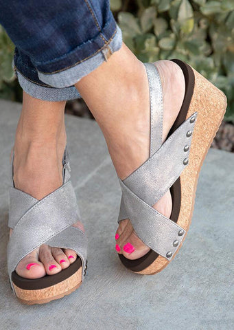 Solid Cross Wedge Sandals - Light Gray