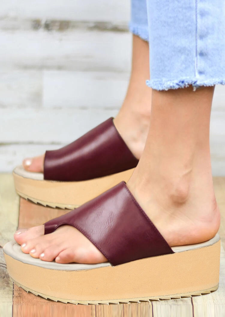 Solid Round Toe Platform Slippers - Plum
