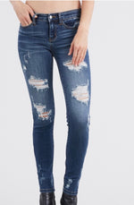 Worlds Apart Skinnies Curvy