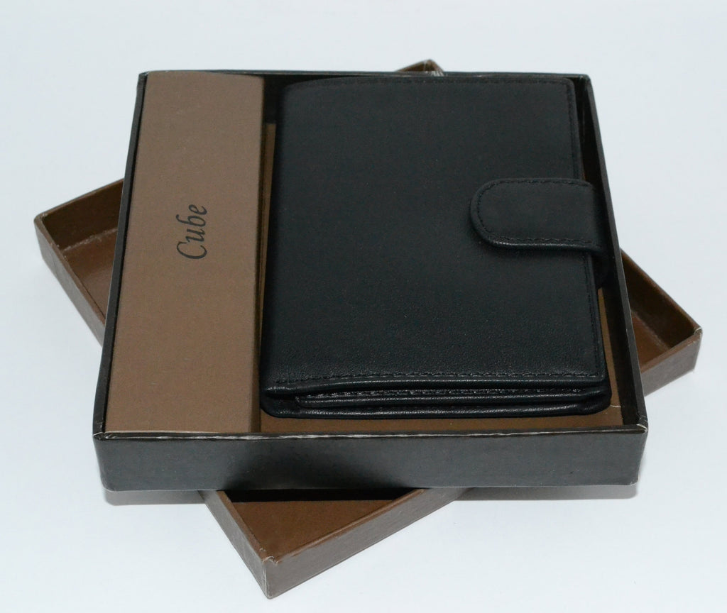 MORTEN -  Black Leather Wallet - BeltNBags