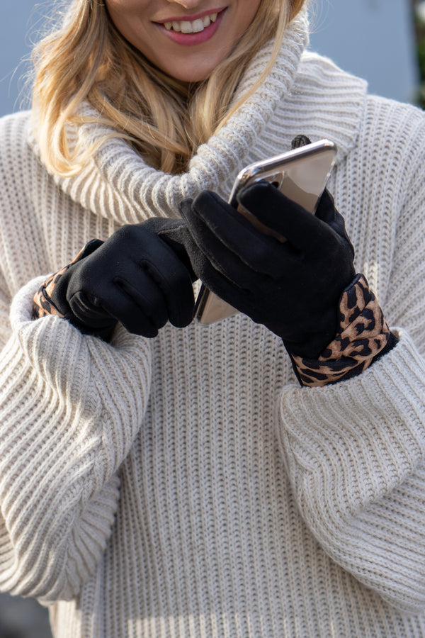 Faux Suede Leopard Gloves In Black