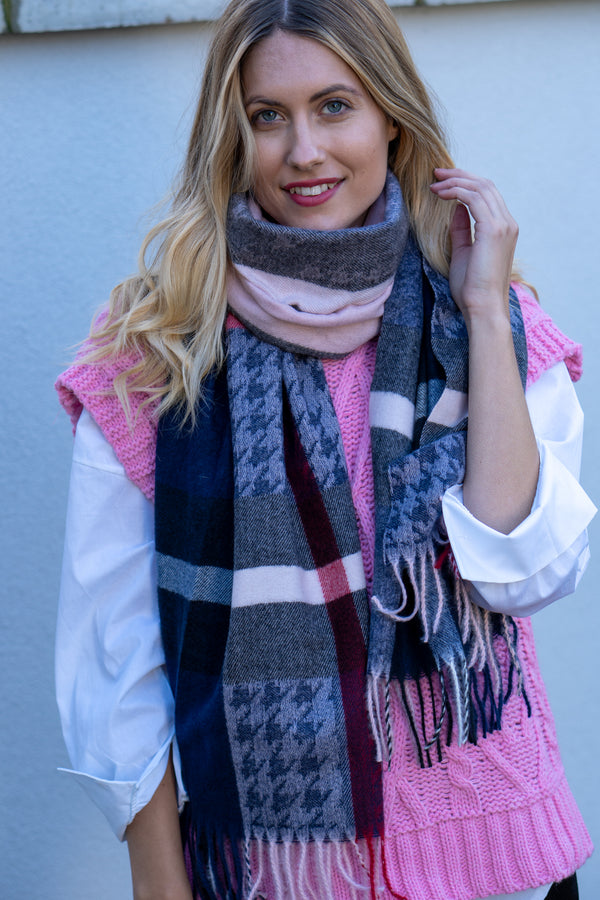Check Houndstooth Scarf In Rose/Navy Palette
