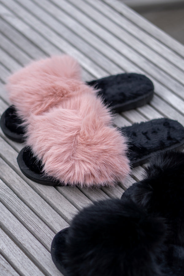 Faux Fur Fluffy Slippers In Light Pink