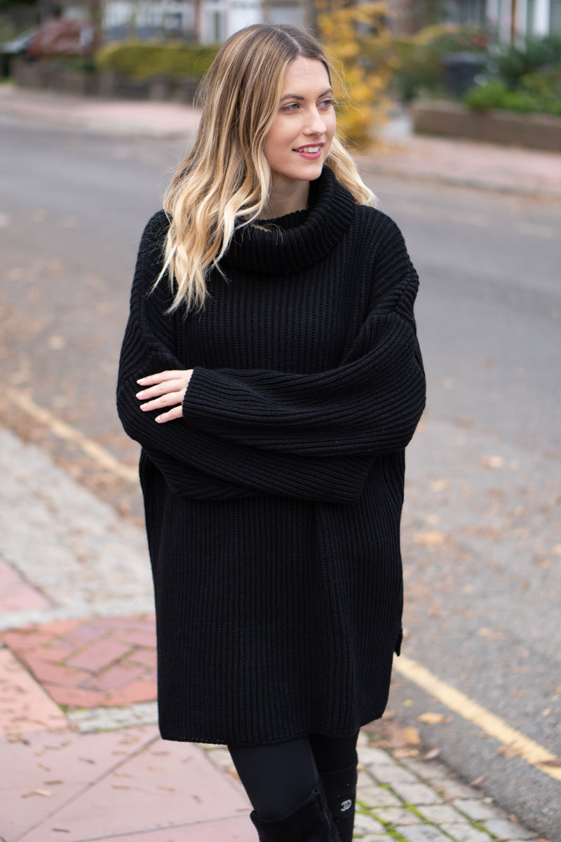 Longline Chunky Knit Roll Neck Jumper In Black