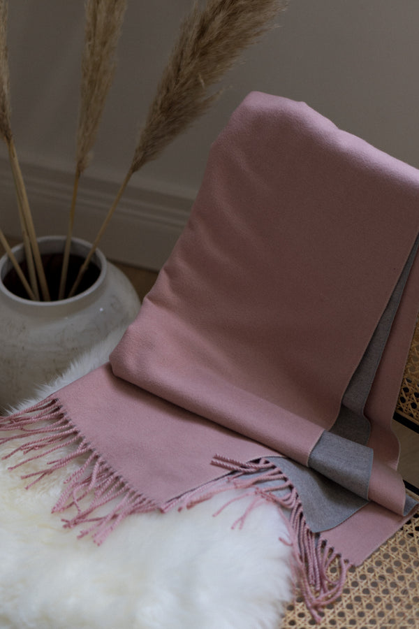 Two Tone Scarf In Light Pink/Grey