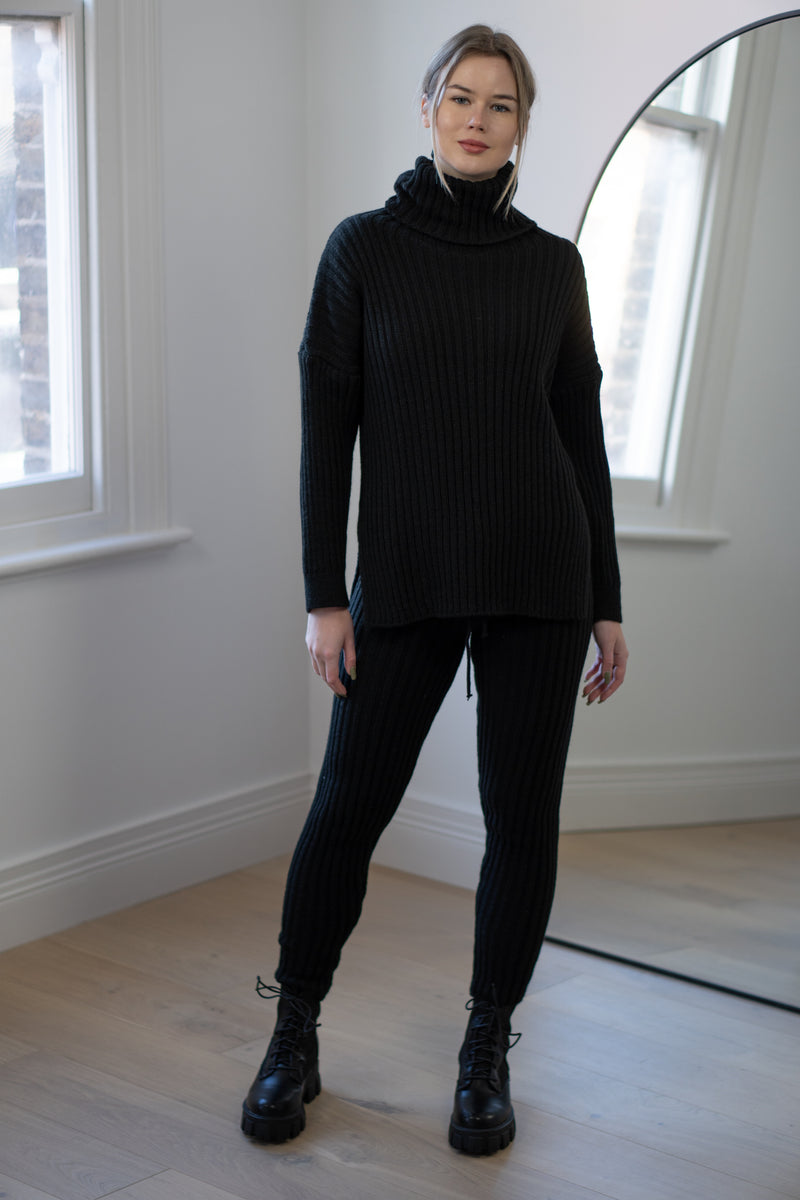 Ribbed Roll Neck Lounge Set in Black