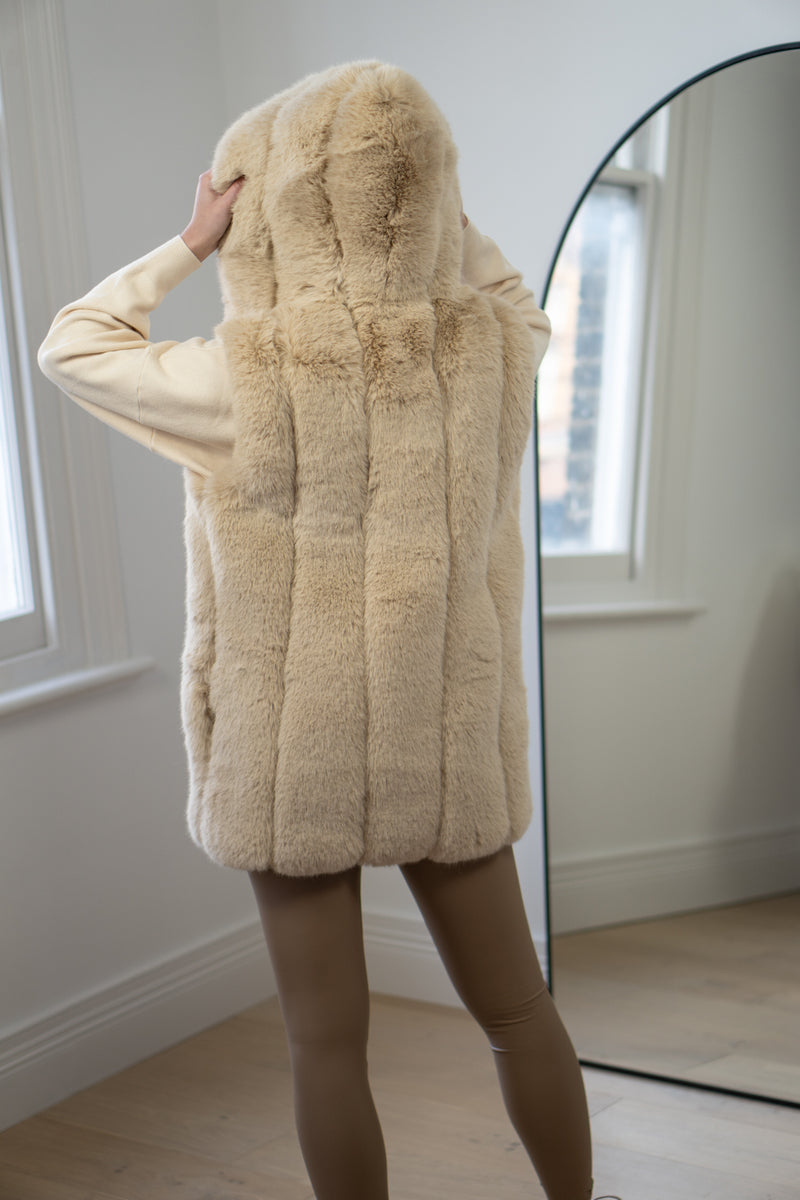 Premium Faux Fur Hooded Gilet in Cream