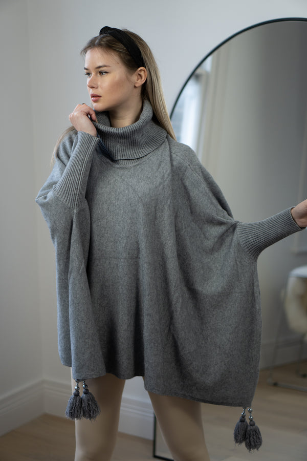 Tassel Trim Poncho in Grey