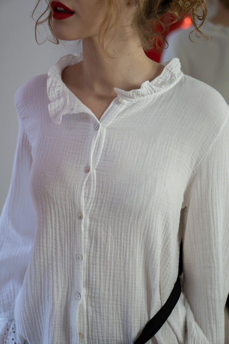 Cheesecloth Anglaise Trim Blouse in White