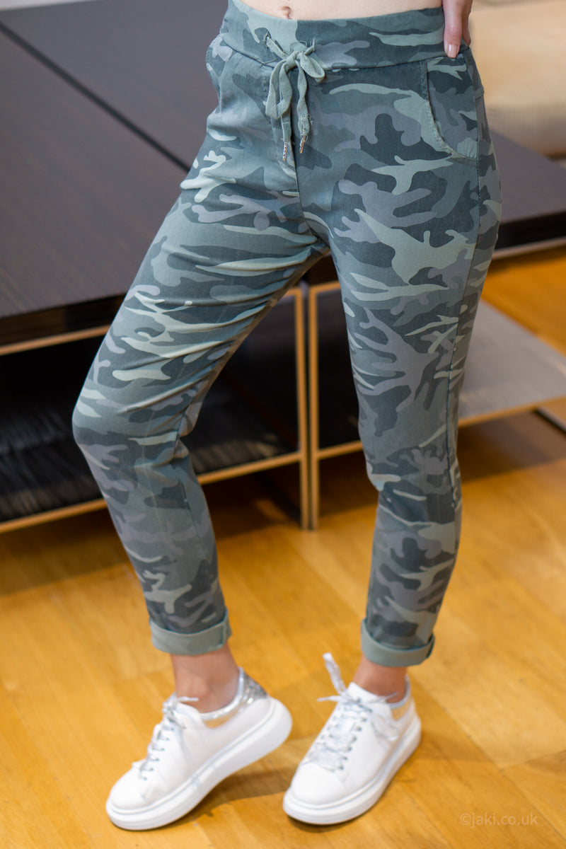 Camo Smart Joggers (Two Pocket Super Stretch)