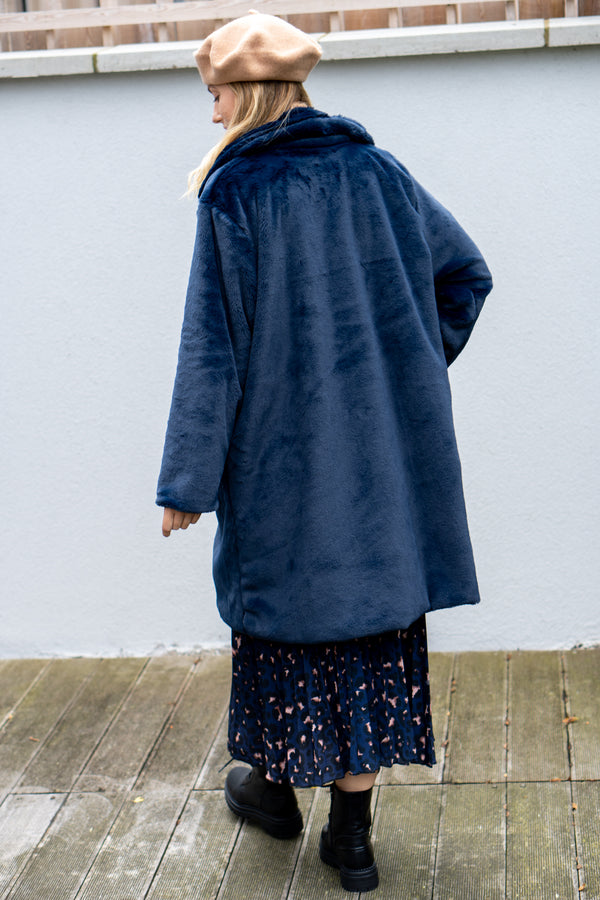 Super Oversized Faux Fur Coat in Midnight Blue
