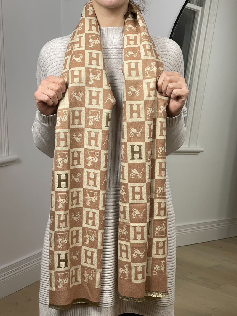 H Printed Scarf in Beige/ Creme