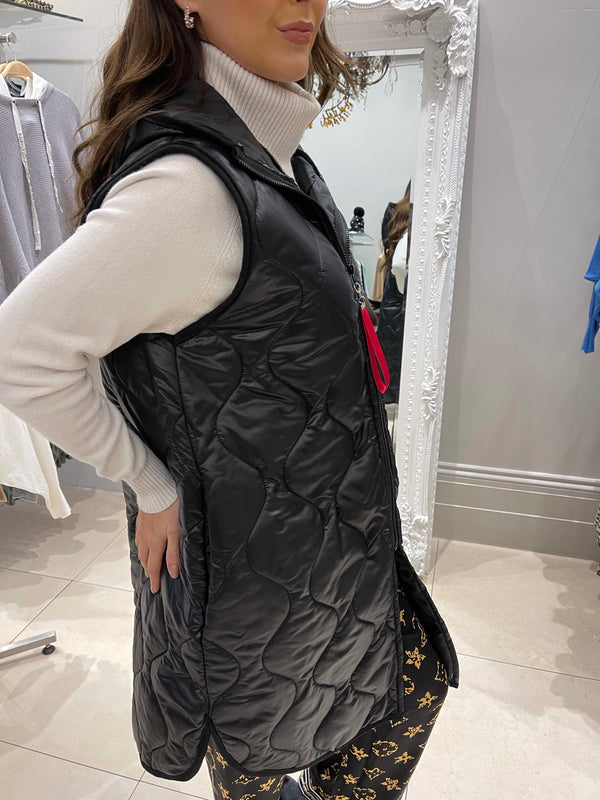 Longline Quilted Gilet Jacket In Black