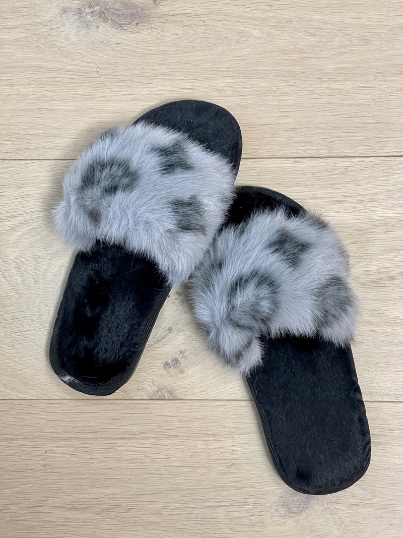 Patterned Faux Fur Fluffy Slippers In Grey