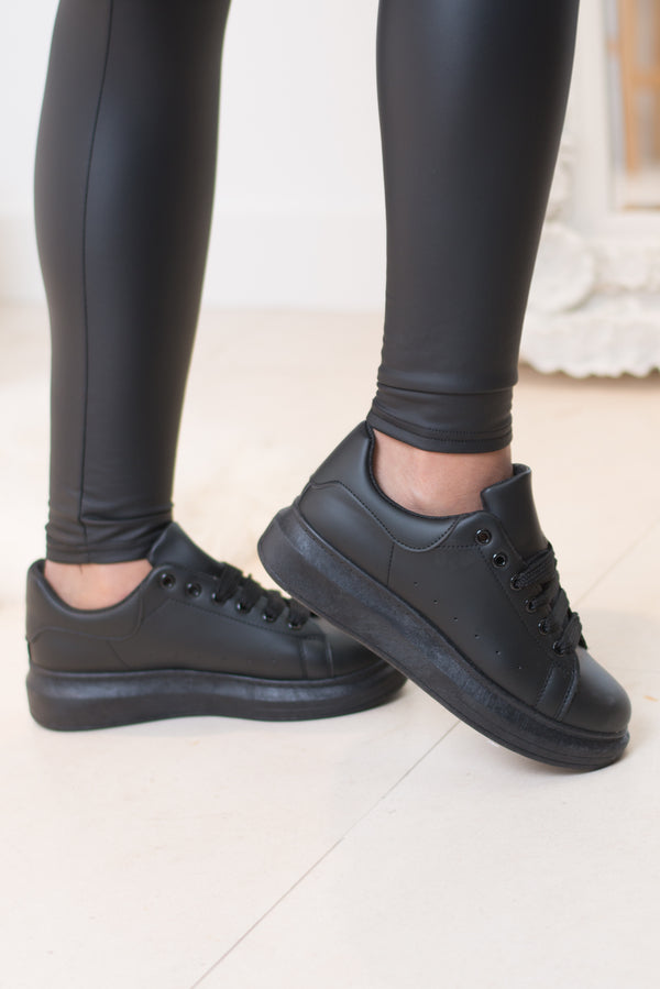 Mandy Chunky Sole Trainers (Black/Black)