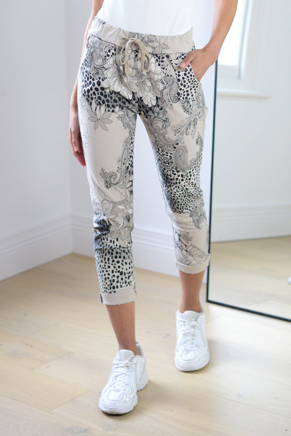 Floral Stretch Joggers in Beige