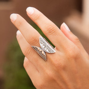 BAGUE GREY WINDOW
