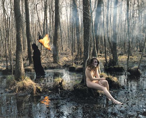 Hanna Liden | Dead Nude Chiling with dead an Fire, 2006