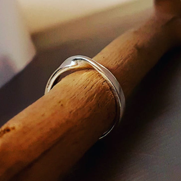 Silver twist wedding ring