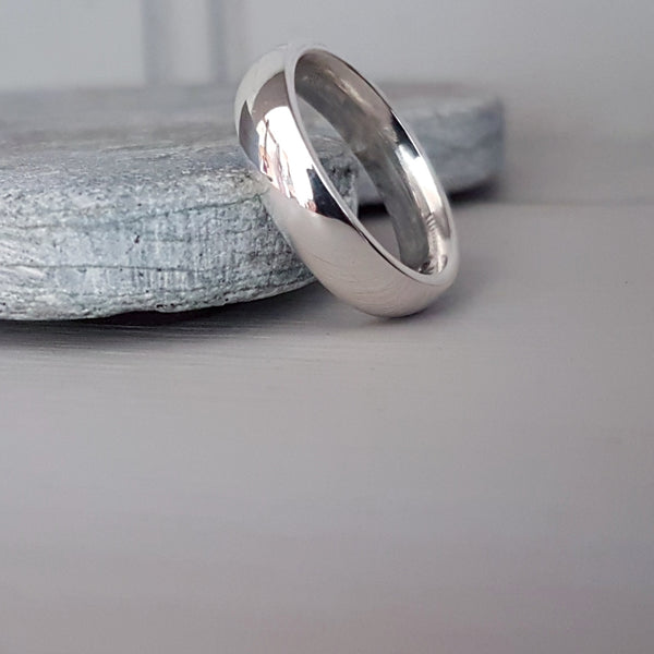 Silver court wedding ring - Elizabeth Tordoff Jewellery