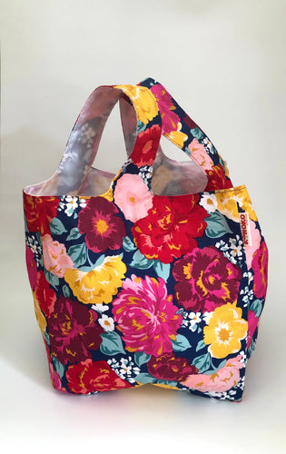 Wine Garden Molly Market Bag