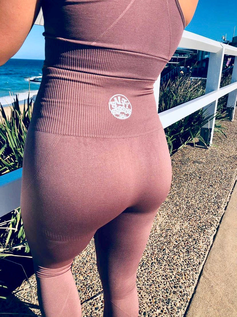 Salty active redwood leggings
