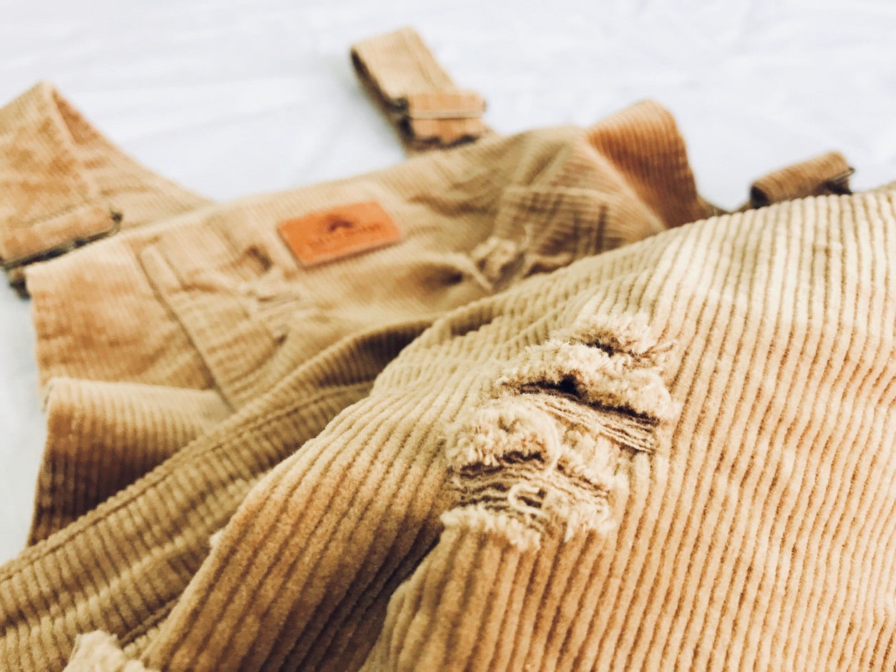 Corduroy distressed groms overalls