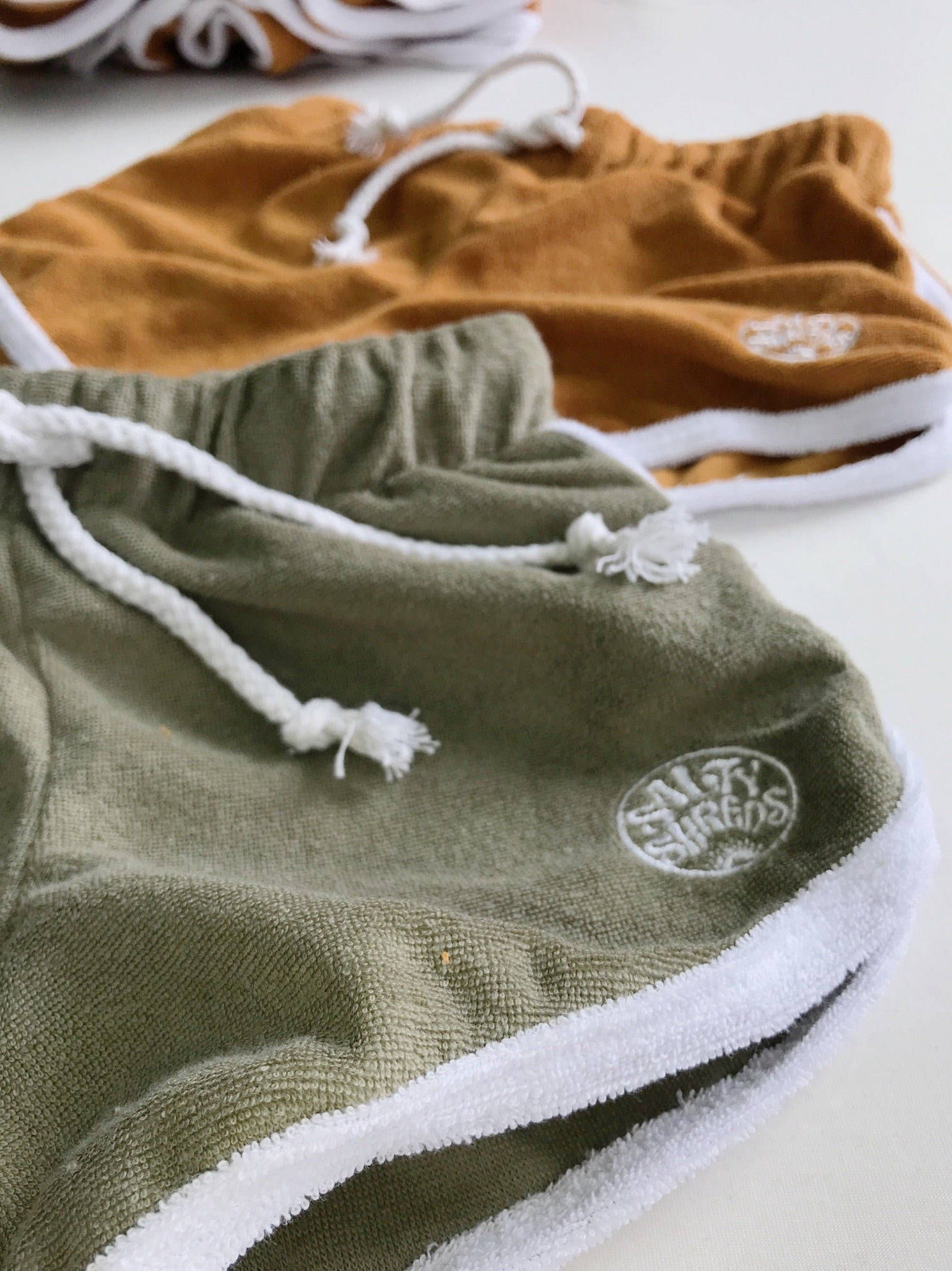 Retro towel SS shorties