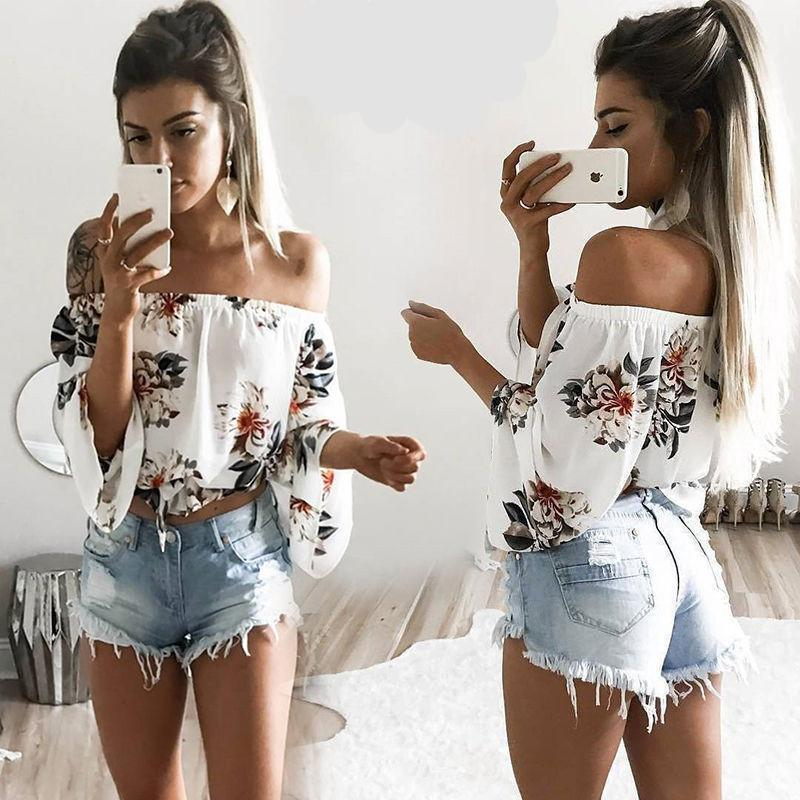 Crop top s kvetmi